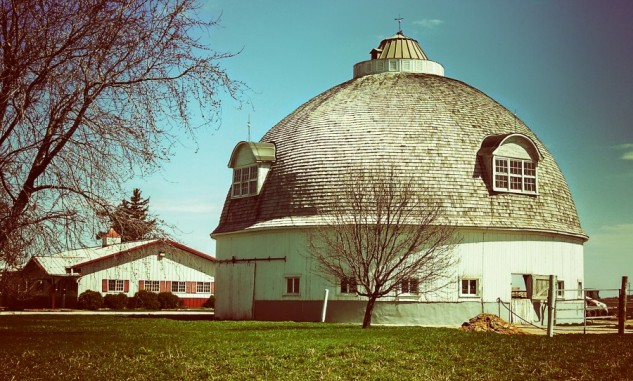 round barn livingston county
