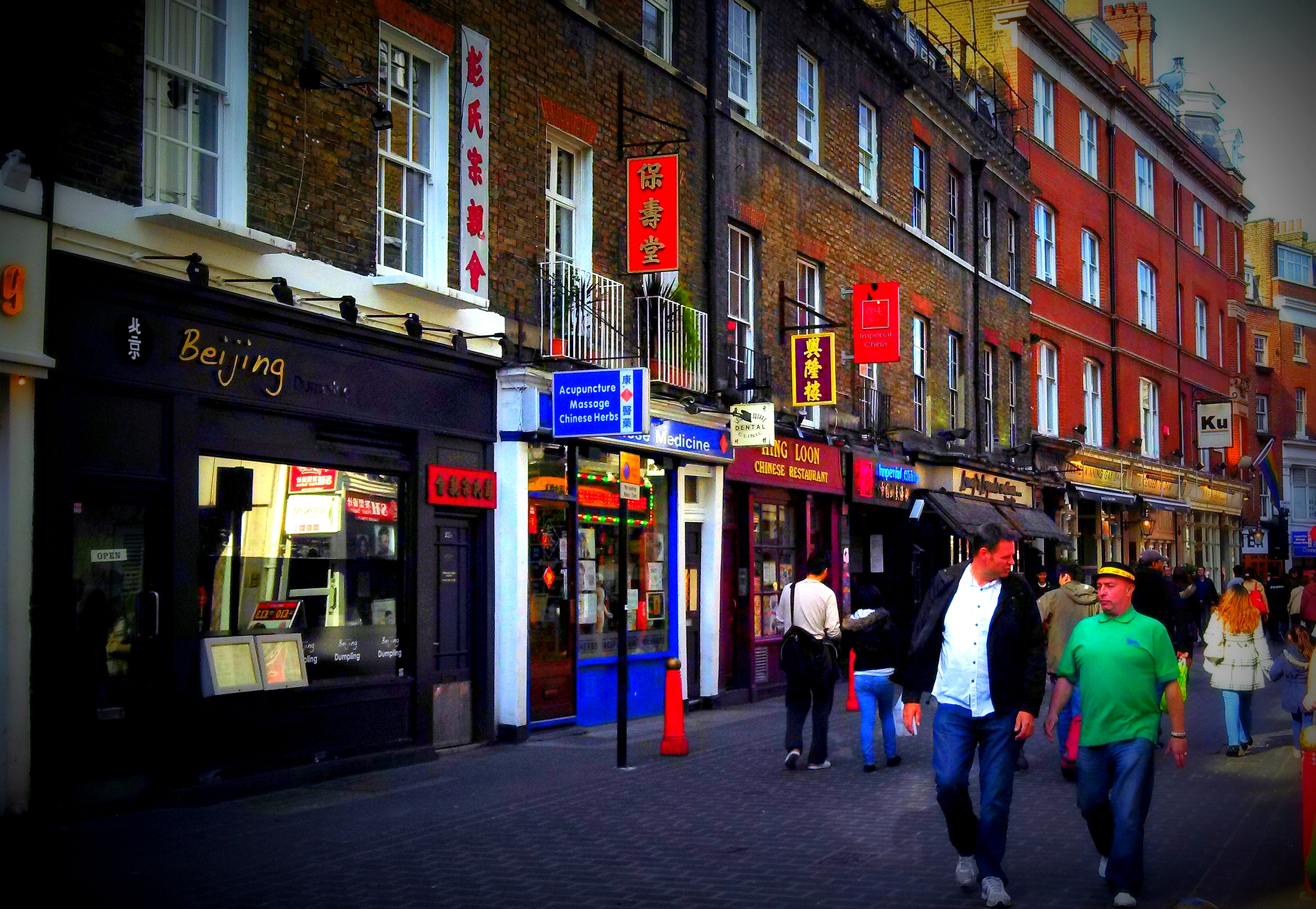london street scenes china town