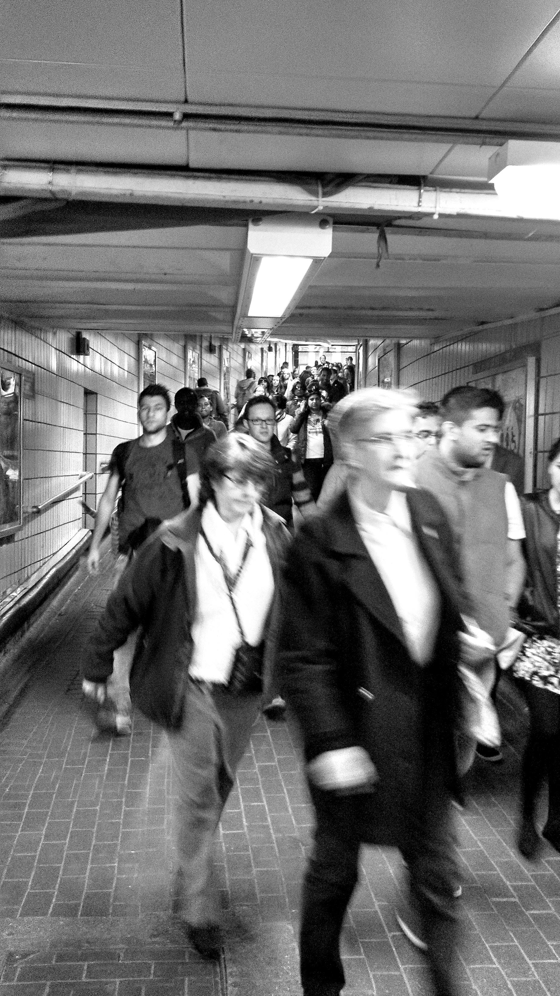 london street scenes tube