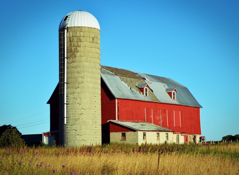 red-with-silo-and-dormers1