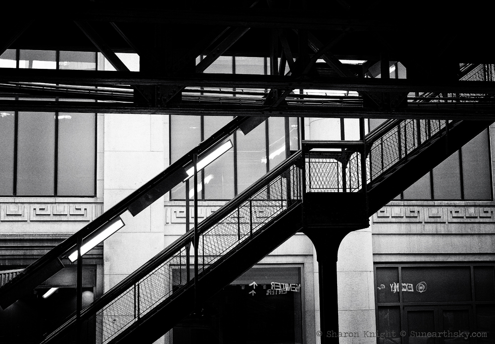 Chicago stairway to the El