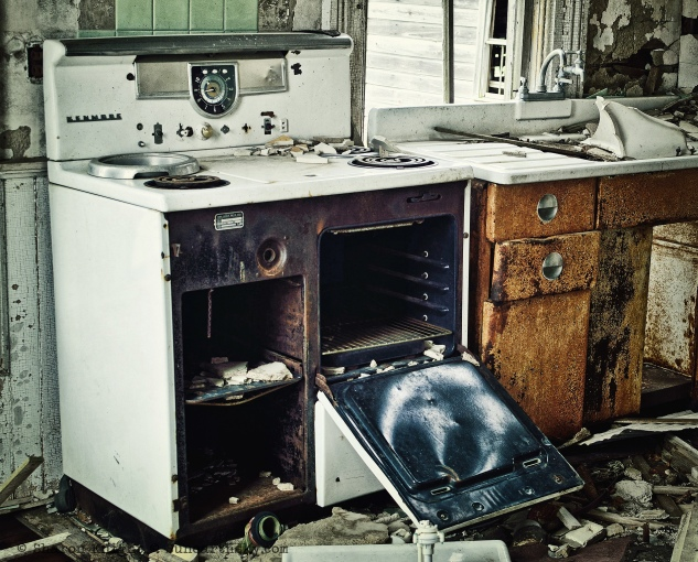 stove and sink 2