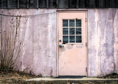 pink-door-2